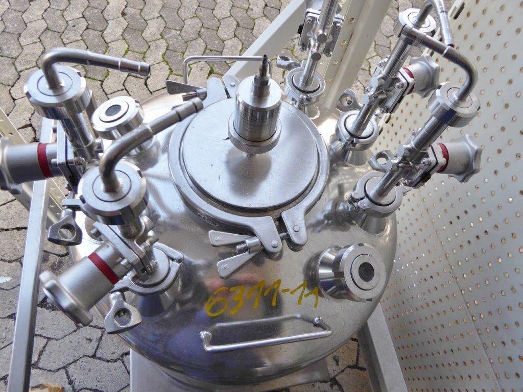EWD12994V6